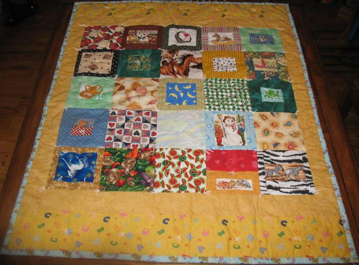 ABC Patchwork Baby Quilt : abc quilt - Adamdwight.com