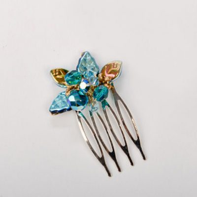 aqua-droplets-haircomb