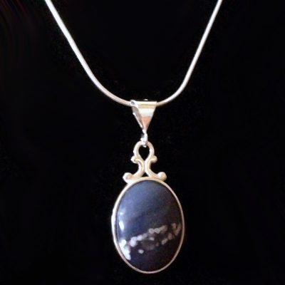 leland-blue-necklace