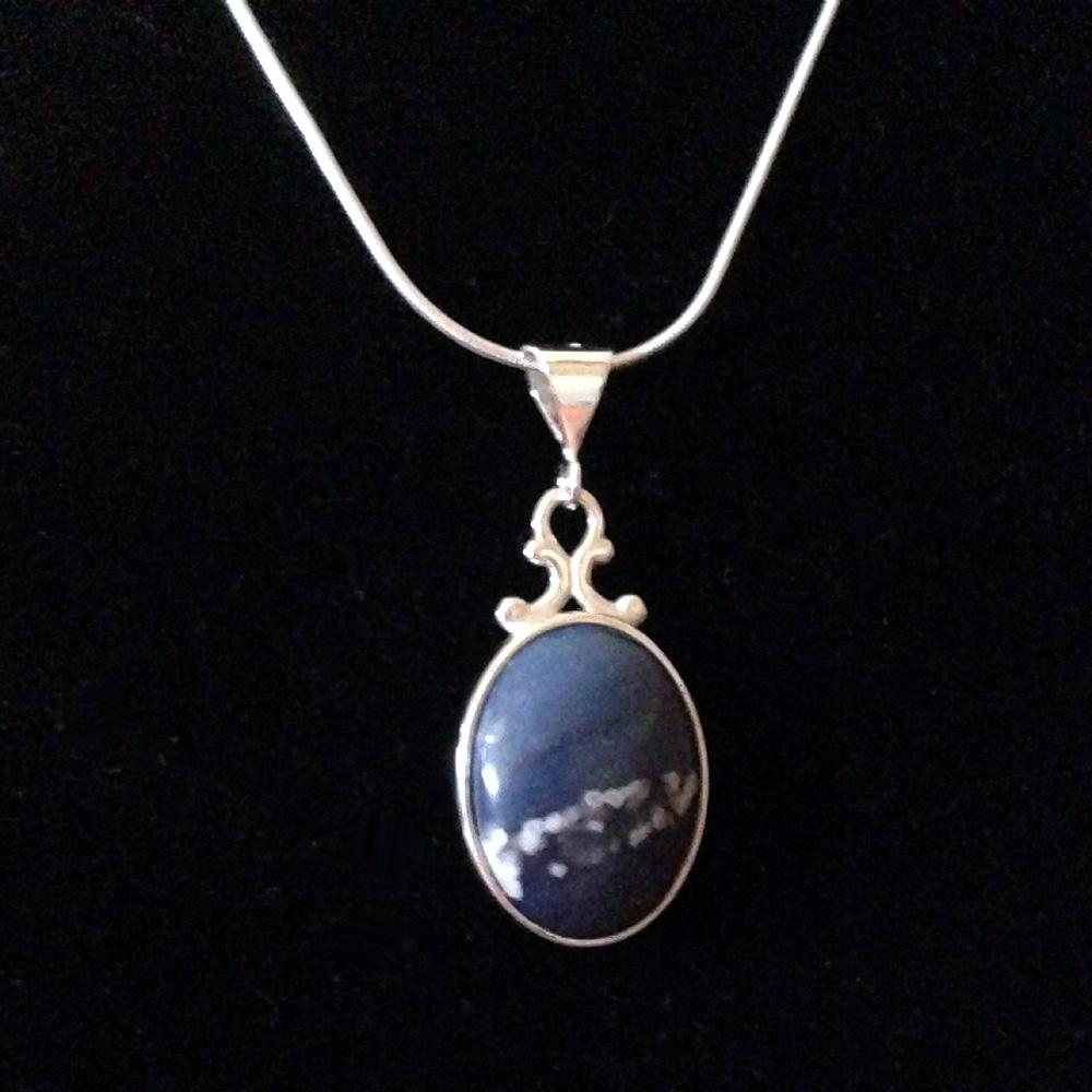 Oval Leland Blue Necklace Medium Blue