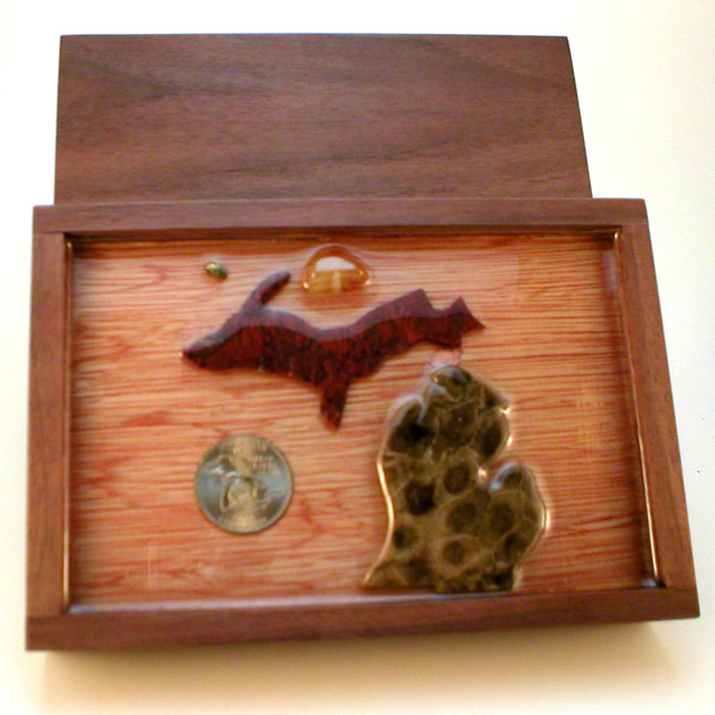 Michigan Petoskey Stone Memorabilia Keepsake Box Red