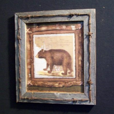 wood-barbed-wire-frame-bear-CP-122
