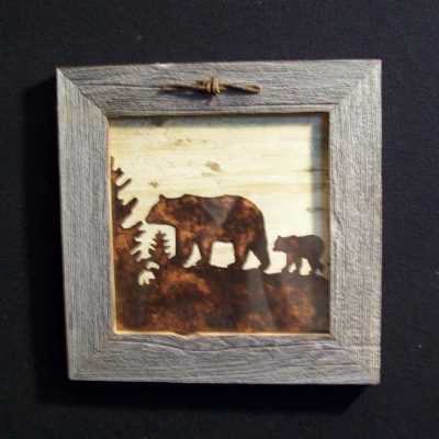 wood-barbed-wire-frame-bear-CP-129