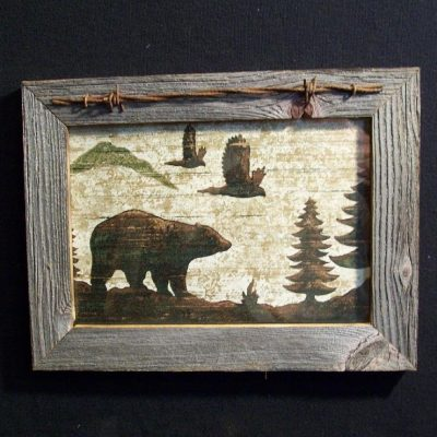 wood-barbed-wire-frame-bear-CP-136