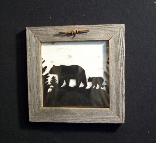 wood-barbed-wire-frame-bear-black-CP-129