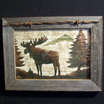 wood-barbed-wire-frame-moose-CP-135