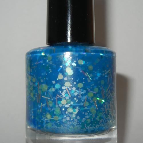 nail-polish-blue-maui[1]