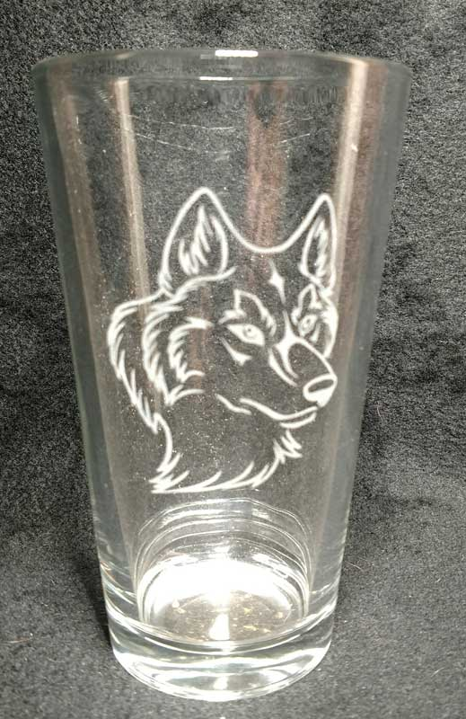 pint-glass-wolf-head