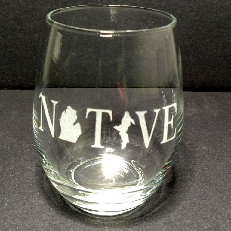 Engraved Stemless Wine Glass Michigan Native
